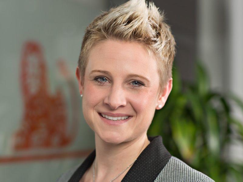 Laura Witz ist bei der ING-DiBa beschäftigt.